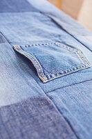 Bildnr.: 11510137<br/><b>Feature: 11510134 - Nimm&#39;s Denim!</b><br/>DIY, N&#228;hen und Deko mit Blue Jeans<br />living4media / Greenhaus Press