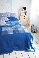 Bildnr.: 11510139<br/><b>Feature: 11510134 - Nimm&#39;s Denim!</b><br/>DIY, N&#228;hen und Deko mit Blue Jeans<br />living4media / Greenhaus Press