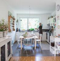 Bildnr.: 11512281<br/><b>Feature: 11512267 - Strandgutsammler</b><br/>Das Zuhause von Tina Firk in Hamburg ist inspiriert von Skandinavischen Str&#228;nden<br />living4media / Wentorf, Eckard