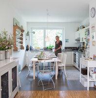 Bildnr.: 11512283<br/><b>Feature: 11512267 - Strandgutsammler</b><br/>Das Zuhause von Tina Firk in Hamburg ist inspiriert von Skandinavischen Str&#228;nden<br />living4media / Wentorf, Eckard
