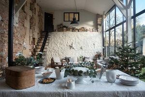 Bildnr.: 11515045<br/><b>Feature: 11515039 - Die alte Scheune</b><br/>Ein 400 Jahre altes Haus und seine Scheune wurden zum Vintage-Wohntraum, FR<br />living4media / Scoffoni, Anne-Catherine