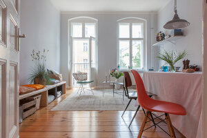 Bildno.: 11948745<br/><b>Feature: 11948740 - Small Budget - Big Effects</b><br/>Young and trendy apartment in Berlin<br />living4media / Scoffoni, Anne-Catherine