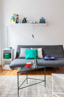 Bildno.: 11948755<br/><b>Feature: 11948740 - Small Budget - Big Effects</b><br/>Young and trendy apartment in Berlin<br />living4media / Scoffoni, Anne-Catherine