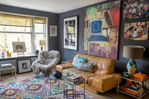 Bildno.: 11950843<br/><b>Feature: 11950823 - Eclectic Mixture</b><br/>A love of colour has transformed the life of this artist in Amsterdam<br />living4media / Afanasieva, Oxana
