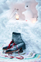 Bildno.: 11953237<br/><b>Feature: 11952521 - Snow Party</b><br/>For a special occasion, celebrate in the snow<br />living4media / K&#252;barsepp, Juta