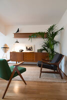 Bildno.: 11956153<br/><b>Feature: 11956152 - Mid-Century Italian Charm</b><br/>An architect&#39;s showroom in Sarzana, Italy<br />living4media / Tamborra, Enza