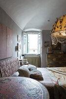 N° de l'image 11956773<br/><b>Reportage: 11956759 - Handmade Fantasies</b><br/>The home of an Italian lamp and fashion designer in Italy<br />living4media / Tamborra, Enza