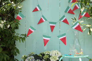 Bildno.: 11957523<br/><b>Feature: 11957515 - Fun with Watermelons</b><br/>Six easy projects that spell Summer<br />living4media / R&#252;ggeberg, Thordis