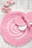 Bildno.: 11962947<br/><b>Feature: 11962938 - Fun with Felt</b><br/>DIY project using felt to make decorative objects<br />living4media / Koll, Alicja