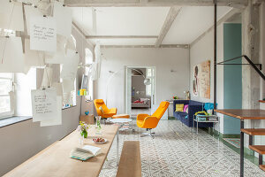 Bildno.: 11977487<br/><b>Feature: 11977480 - Slated for Success</b><br/>Renovation and transformation of a workshop into a home in Kaub, Germany<br />living4media / Scoffoni, Anne-Catherine