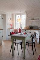 Bildno.: 11990681<br/><b>Feature: 11990664 - Christmas on the Family Farm</b><br/>Celebrating Christmas in Dalum, Sweden<br />living4media / Isaksson, Camilla