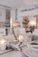 Bildno.: 11990871<br/><b>Feature: 11990828 - Christmas in Skellefte&#229;</b><br/>White is the theme of this Christmas decor in Skellefte&#229;, Sweden<br />living4media / Isaksson, Camilla