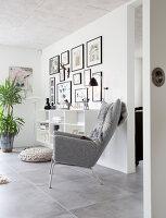 Bildno.: 12082865<br/><b>Feature: 12082842 - Re-inventing Style</b><br/>Newly built house overlooking Aarhus Bay, Denmark<br />living4media / Lene-K