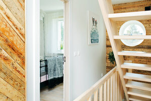 Bildno.: 12084093<br/><b>Feature: 12084046 - Space Saver</b><br/>Renovated terraced house in Tallinn, Estonia<br />living4media / K&#252;barsepp, Juta
