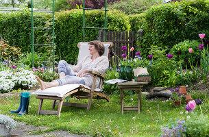 Bildno.: 12237143<br/><b>Feature: 12237139 - Bavarian Spring</b><br/>Allotment garden in Munich<br />living4media / Piru-Pictures