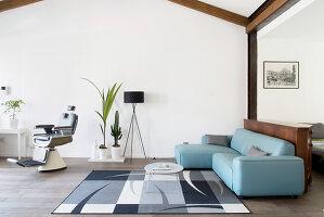 Bildno.: 12237625<br/><b>Feature: 12237615 - Free to Room</b><br/>Lofty home of an artist in Milan<br />living4media / Tamborra, Enza