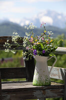 Bildno.: 12242567<br/><b>Feature: 12242556 - Decorative Herbs</b><br/>How to use herbs as a decorative accessory<br />living4media / Raider, Peter