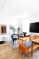 Bildno.: 12273631<br/><b>Feature: 12273611 - A Country Place</b><br/>Ceramics&#39; designer&#39;s home in Denmark<br />living4media / Jacobsen, Bjarni B.