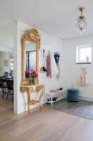 Bildno.: 12291707<br/><b>Feature: 12291704 - Frida&#39;s Magic Touch</b><br/>Family home in Uppsala, Sweden has a touch of luxury<br />living4media / Isaksson, Camilla