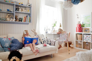Bildno.: 12291723<br/><b>Feature: 12291704 - Frida&#39;s Magic Touch</b><br/>Family home in Uppsala, Sweden has a touch of luxury<br />living4media / Isaksson, Camilla