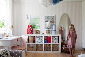 Bildno.: 12291733<br/><b>Feature: 12291704 - Frida&#39;s Magic Touch</b><br/>Family home in Uppsala, Sweden has a touch of luxury<br />living4media / Isaksson, Camilla