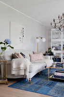 Bildno.: 12291761<br/><b>Feature: 12291704 - Frida&#39;s Magic Touch</b><br/>Family home in Uppsala, Sweden has a touch of luxury<br />living4media / Isaksson, Camilla