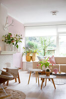 Bildno.: 12321697<br/><b>Feature: 12321691 - Paradise in Pastel</b><br/>Pale colours and soothing furnishings define this home in the Netherlands<br />living4media / Isaksson, Camilla