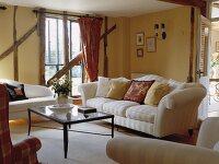 00716871 RM Wohnzimmer Mit Cremefarbenen