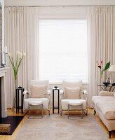 11215477 RM Modernes Cremefarbenes Wohnzimmer