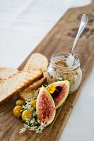Pork rillettes with figs