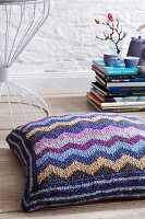 Floor cushion with knitted cover