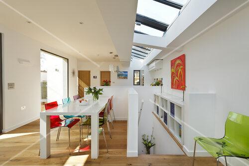 Innovative building in Kew, Surrey