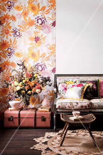 Florale Muster und aufregende Farben für die ganze Wohnung