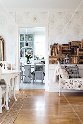 A century old villa becomes a country dream in Boxholm, Sweden