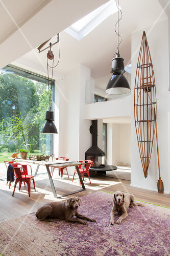 In the greater Berlin region, this home offers tranquility and inspiration