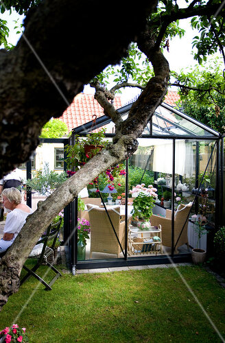 Flourishing garden in Copenhagen