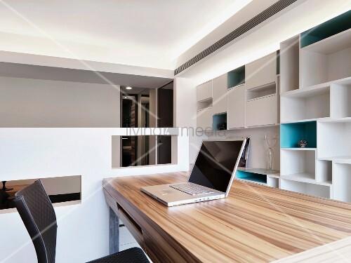Bright Modern Home Office Living4media