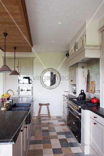 kombinierter gas elektroherd im retrostil und sp lentheke mit anthraziter steinplatte in. Black Bedroom Furniture Sets. Home Design Ideas