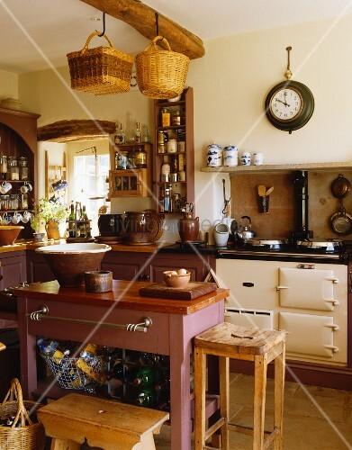 landhausk che mit agaherd k cheninsel bild kaufen living4media. Black Bedroom Furniture Sets. Home Design Ideas