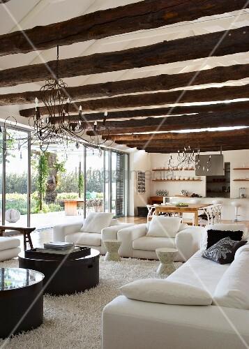 Holzbalkendecke Deko ~ Beste Bildideen zu Hause Design
