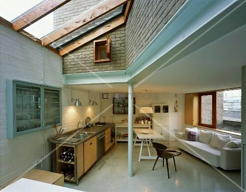 offenes wohnen im zeitgen ssischen haus mit anbau bild kaufen living4media. Black Bedroom Furniture Sets. Home Design Ideas