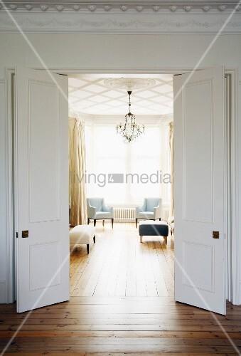 wohnzimmer fl gelt r. Black Bedroom Furniture Sets. Home Design Ideas