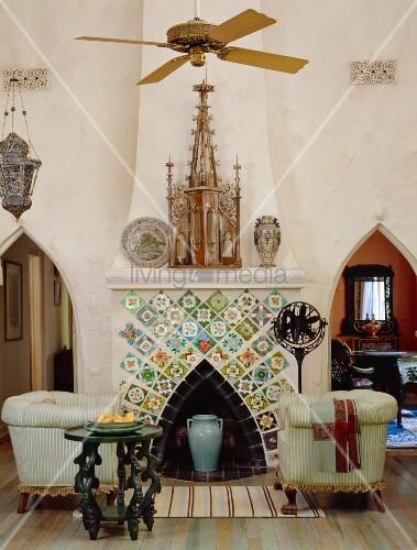 Einfl sse der gotik und des art nouveau treffen im for Wohnzimmer 19 jahrhundert