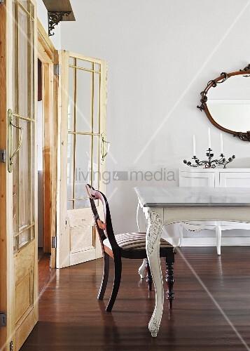 Wandspiegel esszimmer free wandspiegel barock ideen mbel with wandspiegel esszimmer attraktiv - Beleuchtete wandpaneele ...