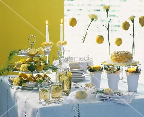 sommerliches buffet mit zitronen bild kaufen living4media. Black Bedroom Furniture Sets. Home Design Ideas