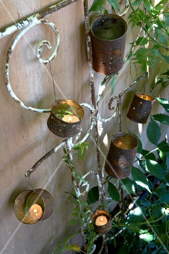 Gartendeko aus alten blechdosen f r windlichter bild for Gartendeko aus alten autoreifen