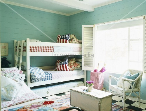 etagenbett im kinderzimmer bild kaufen living4media. Black Bedroom Furniture Sets. Home Design Ideas