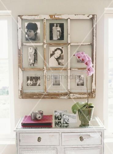 altes sprossenfenster onhe fensterinsatz als bilderrahmen ner holzkommode mit orchidee bild. Black Bedroom Furniture Sets. Home Design Ideas