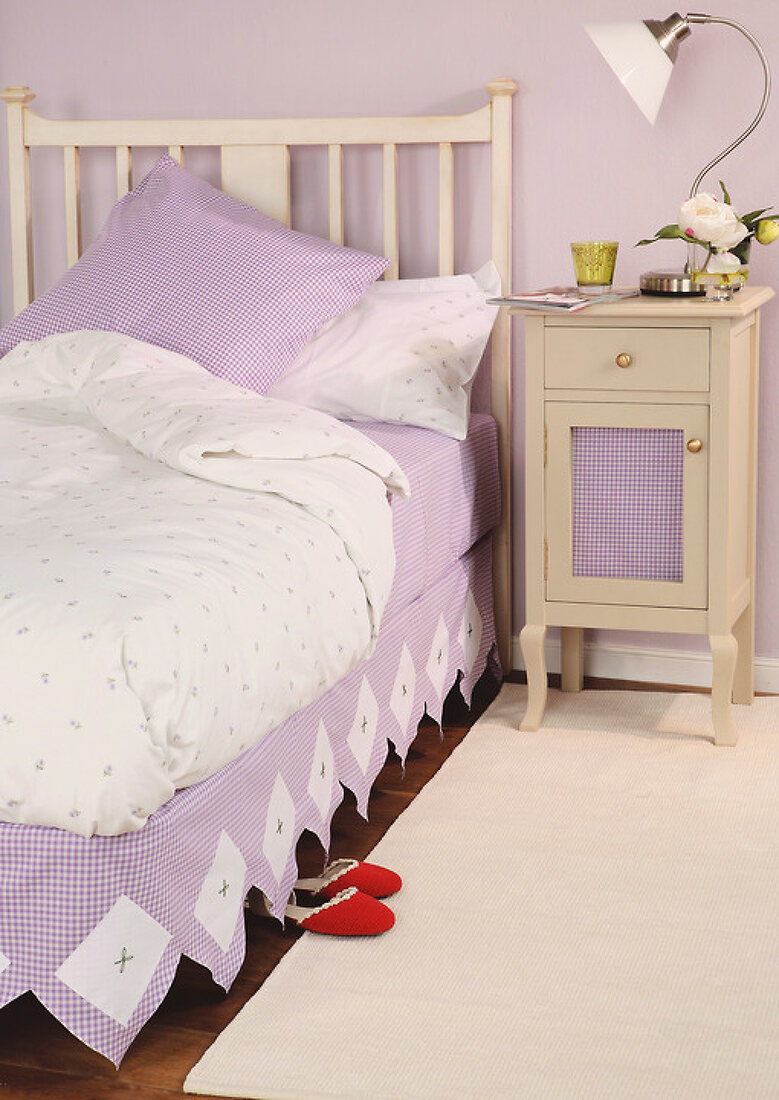 Dress-up the Bed