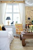 Winterhaus in Gold und Gelb